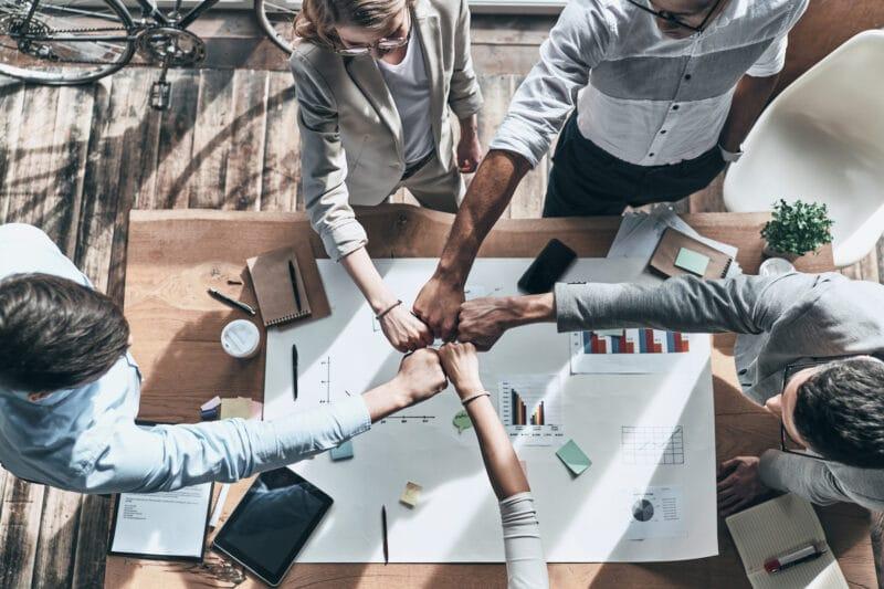 Budowanie zaufania w sprzedaży